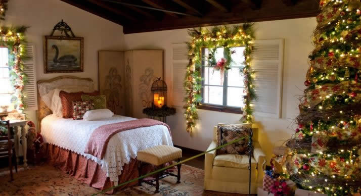 Holiday Home Tour at Pinewood Estate