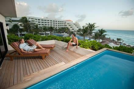 Quickly Travel | viagem para 15 de novembro | Cancun Oasis Palm Beach