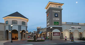 Charlotte Premium Outlets® na Carolina do Norte e o Twin Cities Premium Outlets em Eagan, Minneapolis, St. Paul. Os novos centros contam com lojas tipo ou