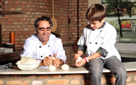 Chef Arturo Solano e seu filho Vitor Solano
