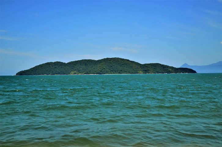 Ilha do Tamanduá - Foto: iStock / NancyAyumi