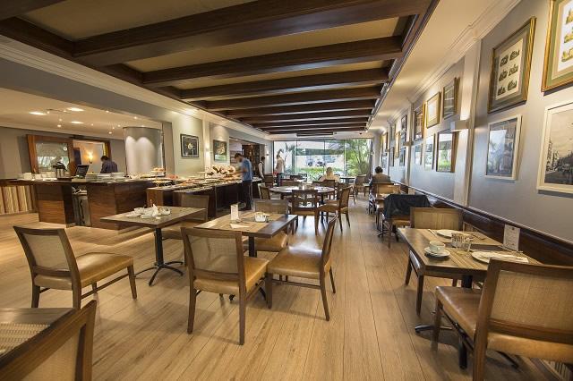 Quality Suites Oscar Freire - Marcel Restaurante - Quality Suites Oscar Freire