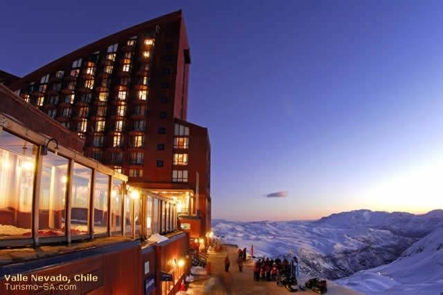 Valle Nevado - Eski - Ski - Resort - Chile - Temporada - Destinos - Montanha