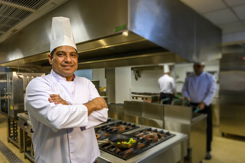 Chef Jomair Moreira - Vogal Luxury Beach Hotel & SPA
