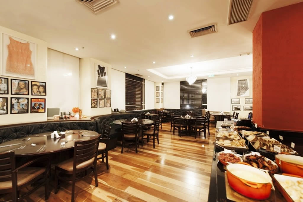 Restaurante Waves - Quality Suites Alphaville